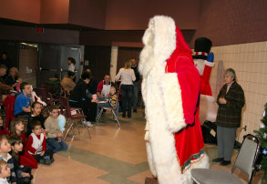 childrens-magic-puppet-santa001001.jpg